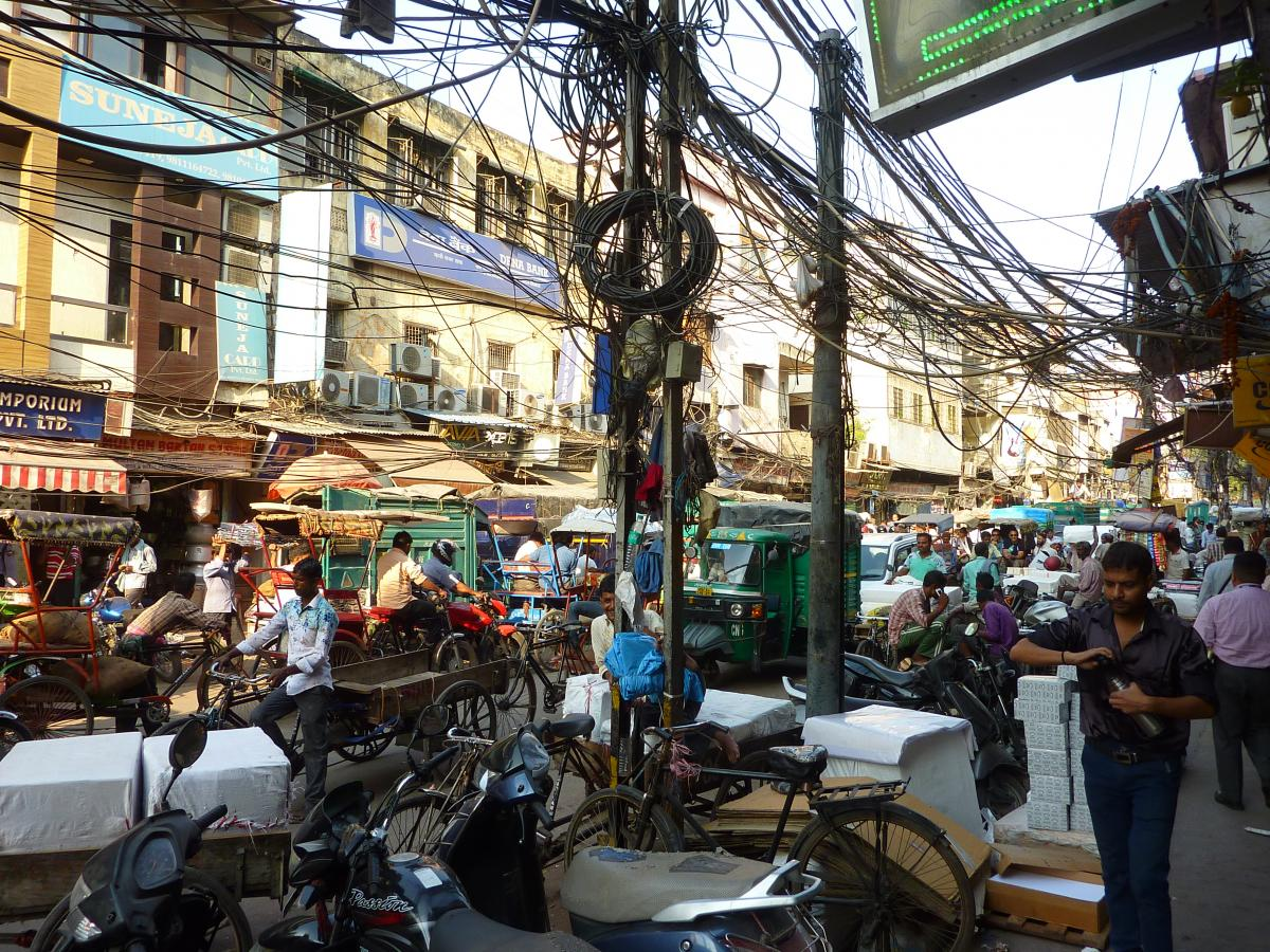 Delhi, India, downtown wires